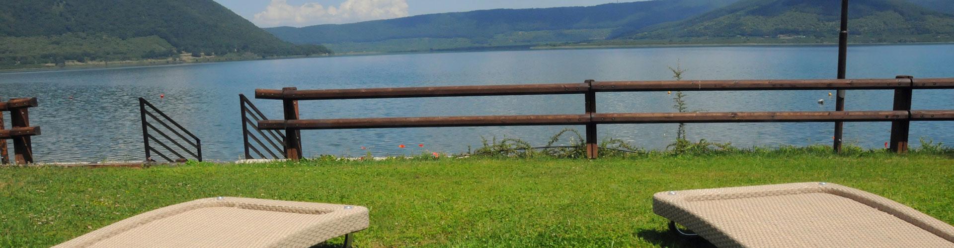 Potrete rilassarvi sul prato godendovi il panorama.